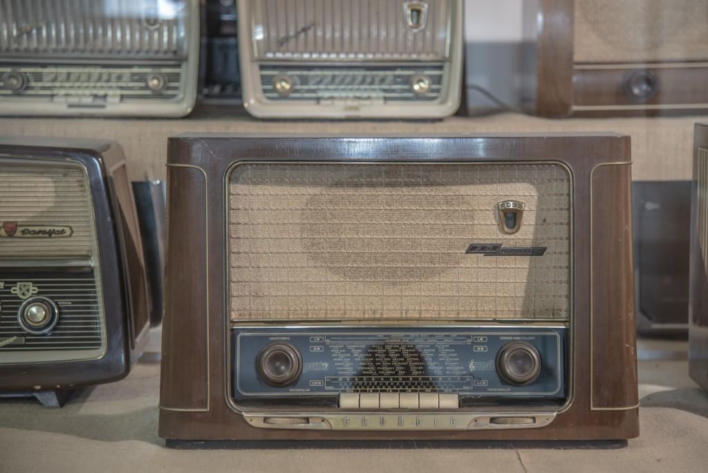 radio-590361